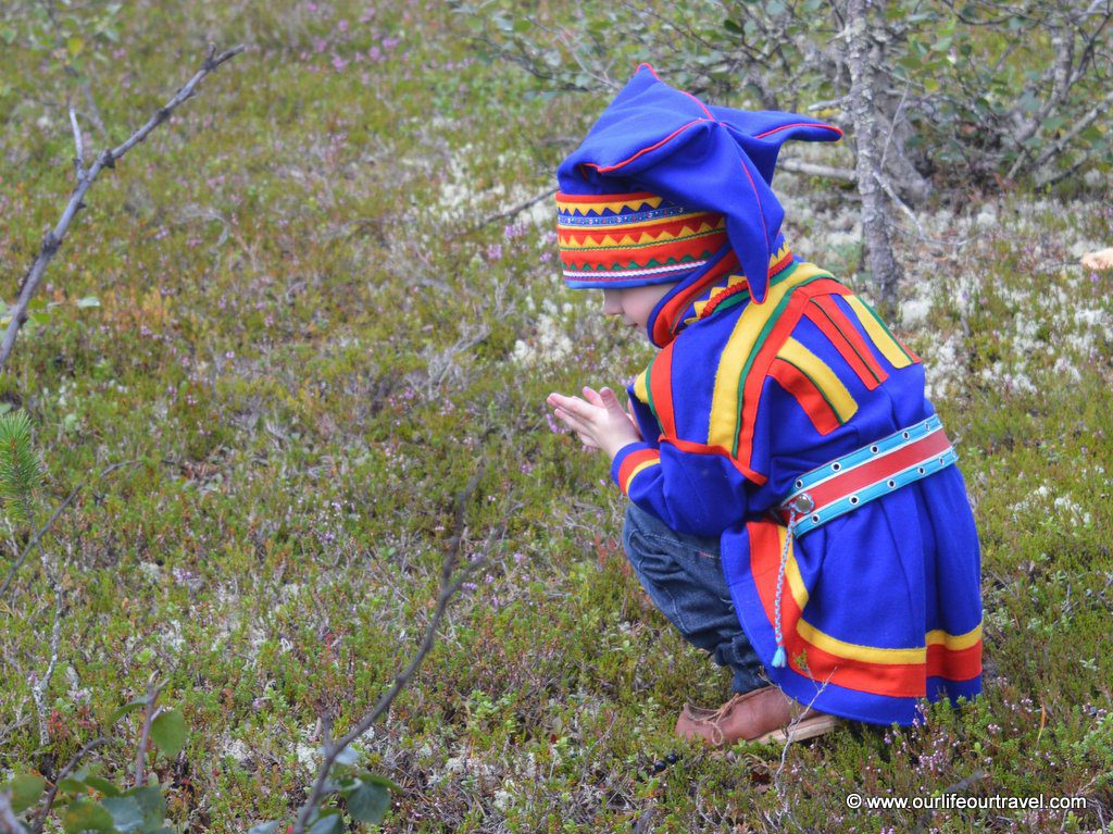 wedding finnish lapland urho kekkoken national park saami clothing